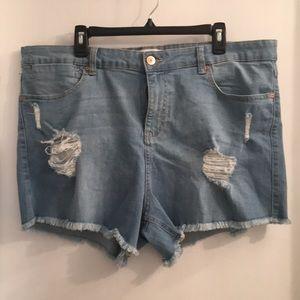 Forever 21 size 18 Denim shorts